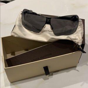 Louis Vuitton Conspiration Mask Sunglasses